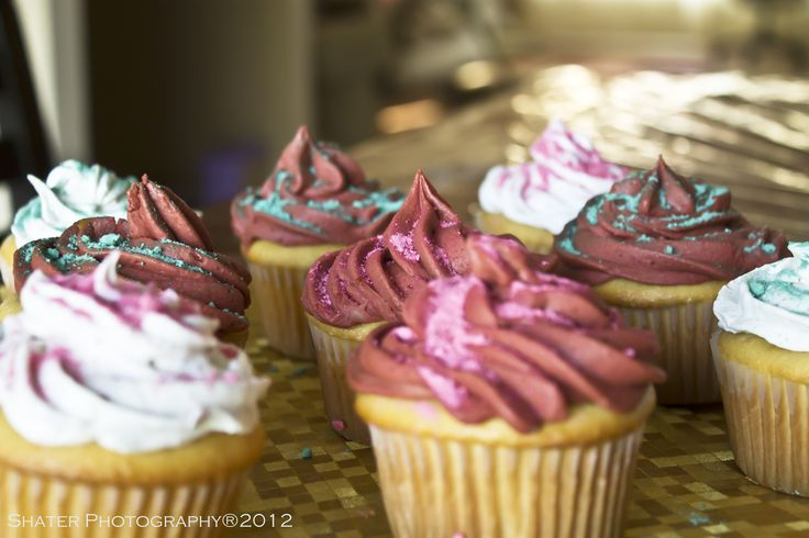 My daughter's 4th birthday  #cup_cake #birthday #shater_photography