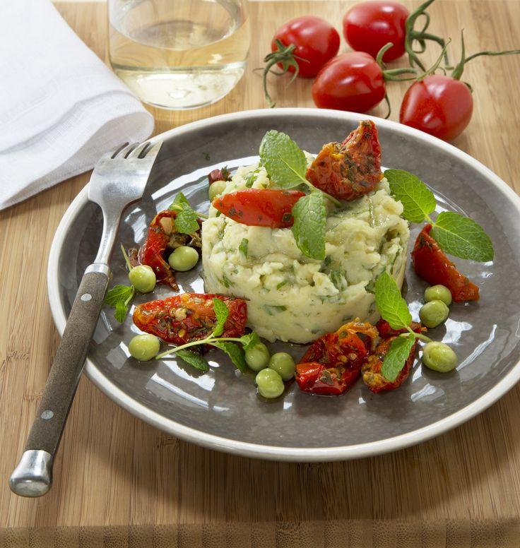 Frisse erwtenpuree met zongedroogde tomaten #erwtenpuree #zongedroogde #tomaten #recept #bijgerecht