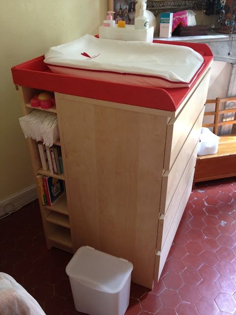 IKEA Hackers: Malm dresser/Benno DVD tower as a baby changing table