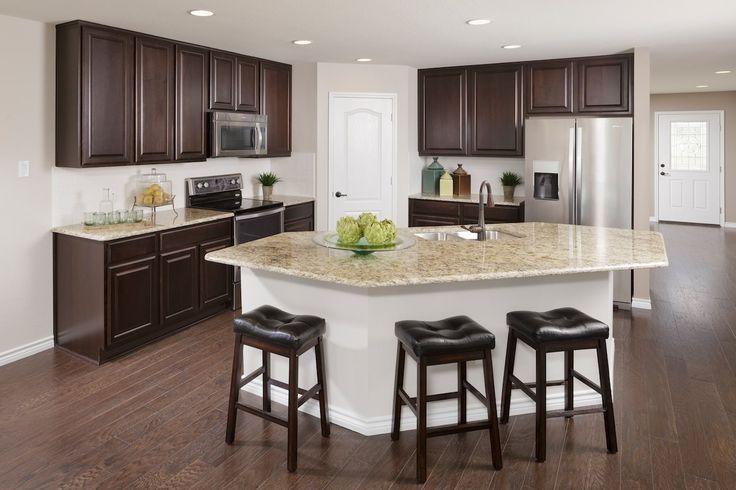 New Homes in Balch Springs, TX - Estates at Spring Ridge Plan 2806 Kitchen