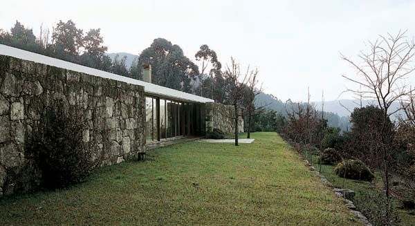 House in Moledo Moledo do Minho, Caminha, Portugal, 1991/1998 Souto de Moura