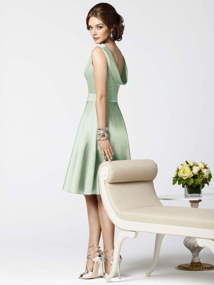 style-green-bridesmaid