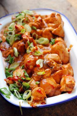 Mais pourquoi est-ce que je vous raconte ça... Dorian cuisine.com: Cuisine indienne et curry de poulet, ou quand un nouveau livre me donne envie d'un curry Rashtagheul au poulet…