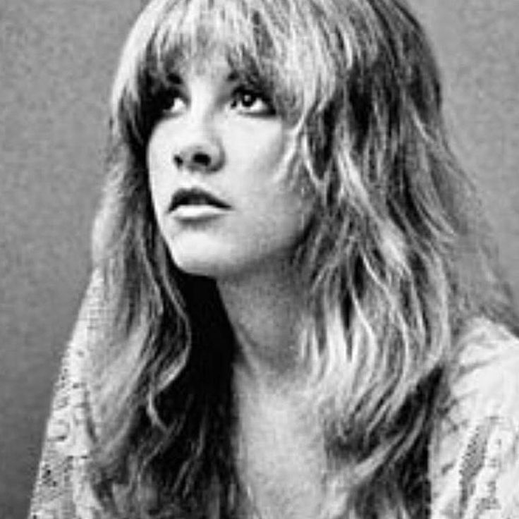 Just like the white winged dove Sings a song Sounds like she's singing Oh baby oh said oh💖🎶 Best ever - lyrics, style, presence. #tbt #17 #edgeofseventeen #stevienicks #fashionstyle #fleetwoodmac #gypsysoul #freespirit #love #songbird #best #dance #free #l4l #f4f #70s #thoseeyes #perfect #always
