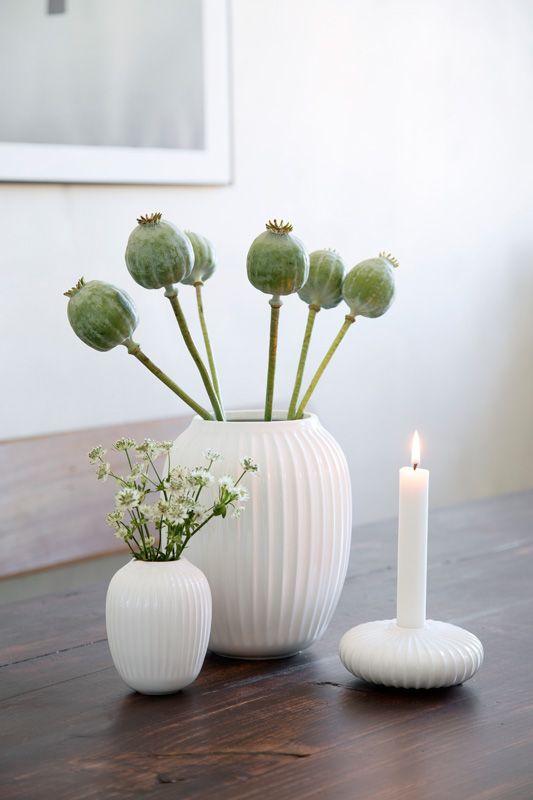 Hammershøi vase H200 cm og H100 i hvitt. Lysestake H45 cm