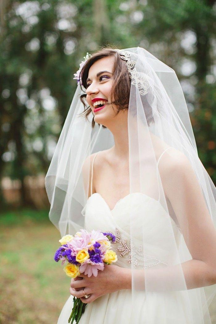 Brautfrisur mit schleier pinterest
