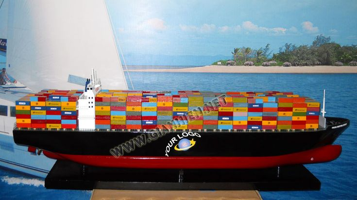 MODEL CONTAINER SHIP