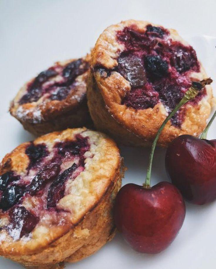 586 отметок «Нравится», 2 комментариев — 🍰ПП-ВЫПЕЧКА, ПП-ДЕСЕРТЫ🍧 (@pp_sweet_recipes) в Instagram: «Овсяные кексы с ягодами 🍒 получились очень сочные, нежные и мягкие за счёт того, что внутри ягоды 😋…»