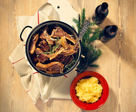 Pinnekjøtt (Salted and dried lamb ribs with mashed rutabaga - traditional Western Norwegian Christmas dinner)
