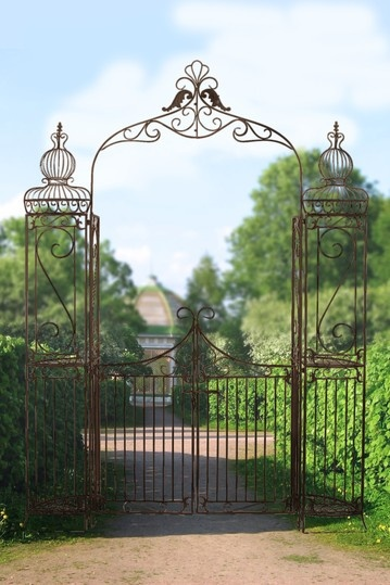 Metal Garden Gate By Garden Accessories And Decor $299 Was 620.00 52% Off.