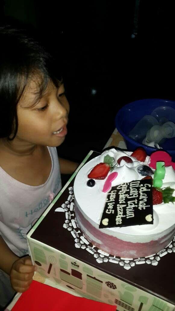 Kakak yaya's birthday