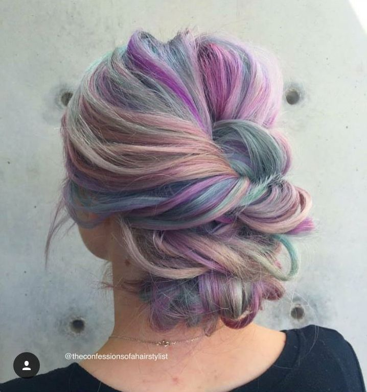 Rainbow unicorn colormelt. All kinds of pastel colors - purple, beige, green, blue, pink, orange #hair #haircolor #color