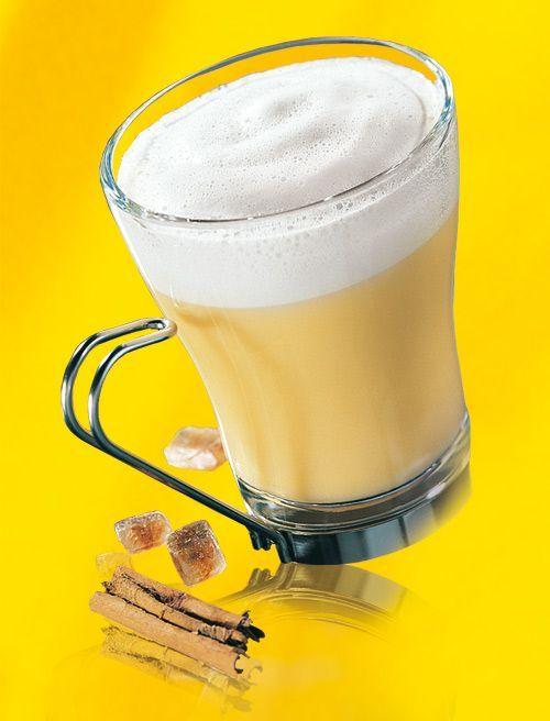 Eierlikör Rezept: Eierpunsch mit Verpoorten - Cocktail-Rezepte - Verpoorten