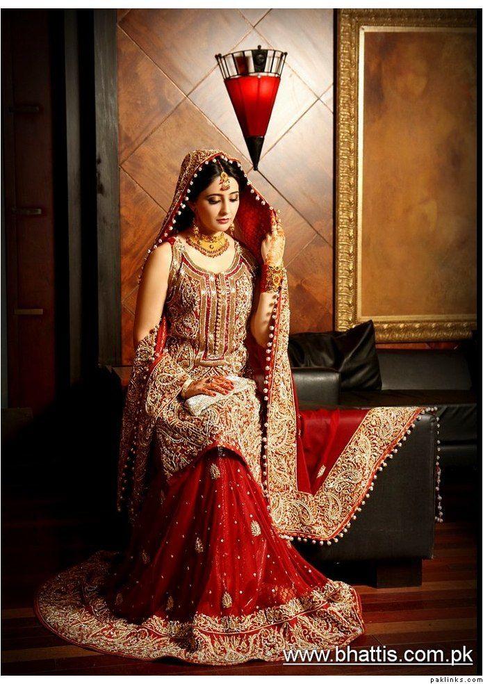 Stunning Pakistani Wedding Outfit