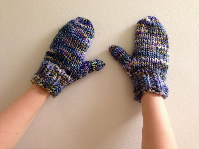 Really Quick Mitts pattern by Haley Waxberg