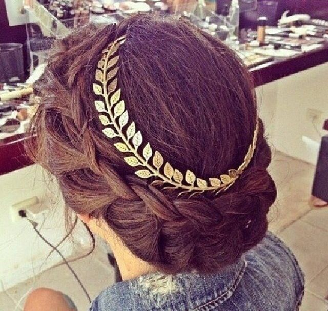 greek goddess makeup and hair | Greek goddess hairdo and hair piece