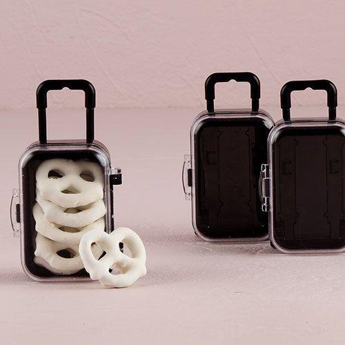 Matrimonio personalizzato favore - borsa da viaggio in miniatura - Candy Bomboniere bomboniera favore personalizzato favori di partito borsa di viaggio personalizzati di PerfectFavours su Etsy https://www.etsy.com/it/listing/228579610/matrimonio-personalizzato-favore-borsa