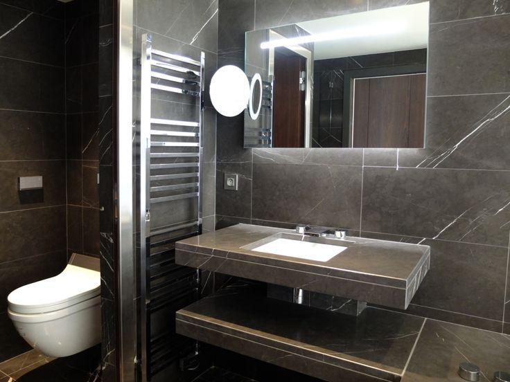 bathroom, bagno in Pietra Grey levigata