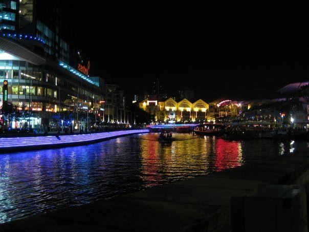 Night Clarke Quay Singapore
