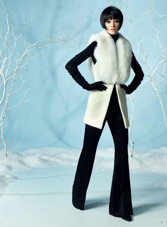 cute white fur (or faux fur probably) !  #winterfashion #auckland #nz - Adrienne Winkelmann