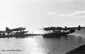 Fokker T8w en Dornier Do 24, dutch floating navy planes together in one picture.