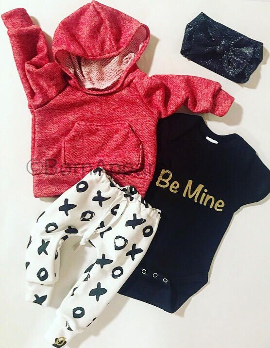 baby girl clothes / valentines baby outfit / baby girl outfit / xo / red baby hoodie / baby girl onesie / black baby bow / be mine onesie by BornApparel on Etsy