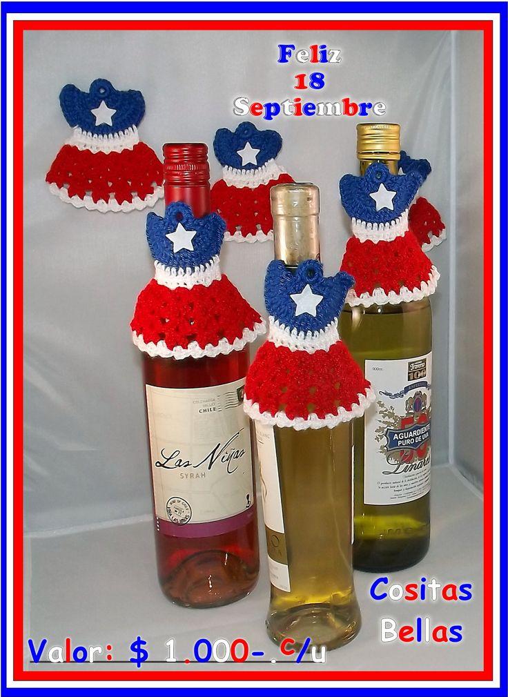 Banderitas chilenas como adorno para botellas. Cositas Bellas #cositasbellasvalpo #valparaiso #chile