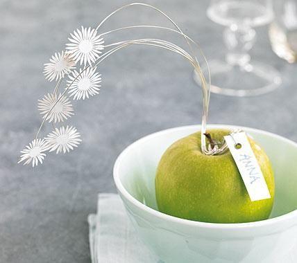 Tischdeko mit Apfel