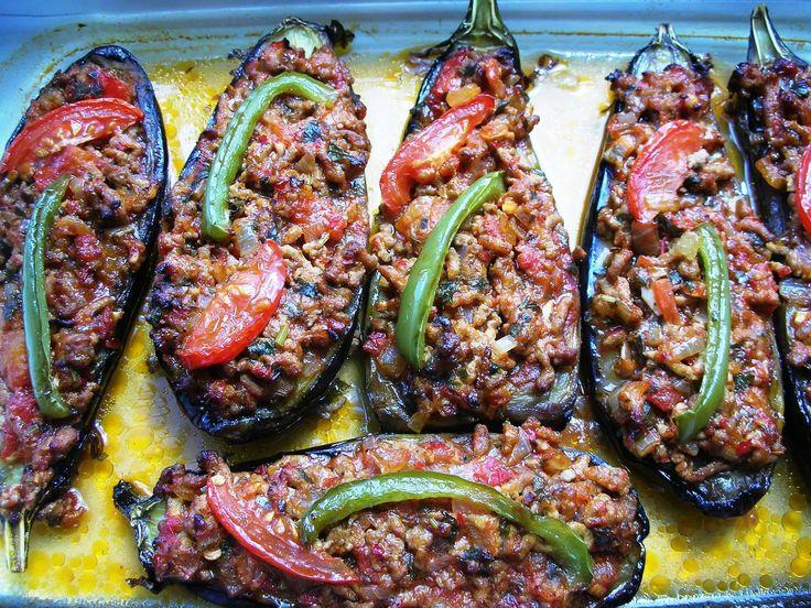 Karniyarik – Stuffed Eggplants (Aubergines) with ground lamb, tomatoes and onions | Ozlem's Turkish Table