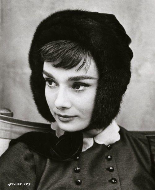 .: Audry Hepburn, Beautiful Audrey, Peace, Audrey Hepburn, Audreyhepburn, Photo, People, War