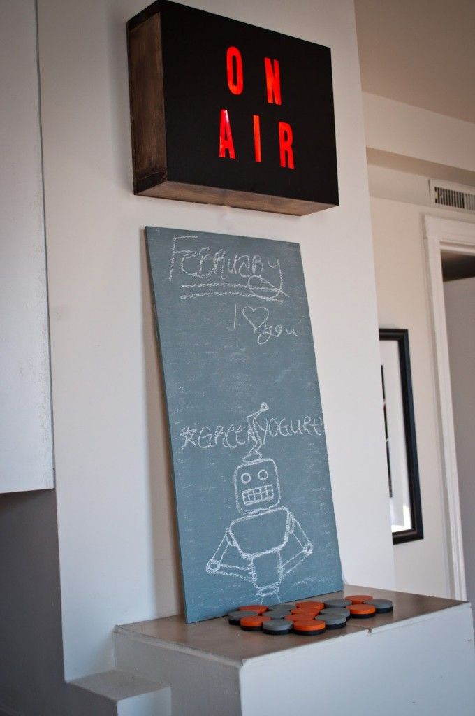 Create a vintage on air sign for at home recording studio