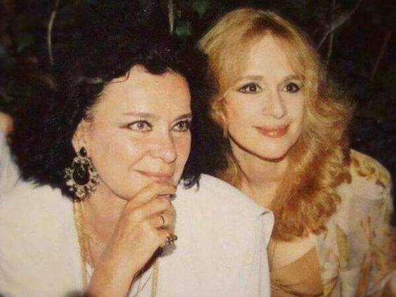 30 σπάνιες φωτογραφίες της αθάνατης Τζένης Καρέζη - nena.gr - Σελίδα 17