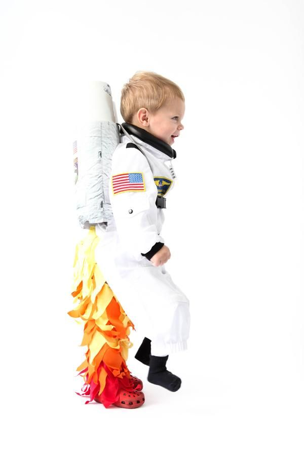 Up, up and away! We're loving this creative Rocket / Spaceman costume.
