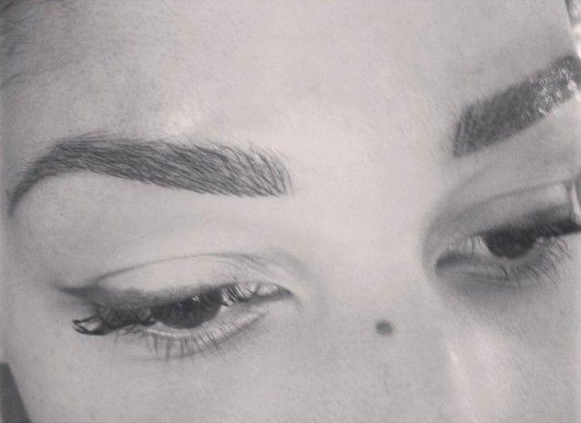 Pictures - Hairstrokes 3D permanente make-up wenkbrauwen eyelashes mooie wenkbrauwen beautiful brows cosmetic tattoo fijne haartjestechniek haartjesmethode beautysalon clinic
