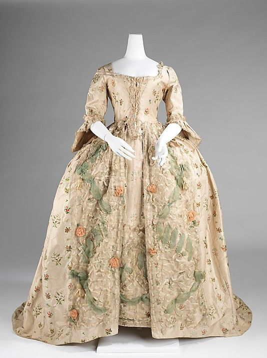 1770-1775 Robe à la Française, silk, bast fiber Brooklyn Museum Costume Collection at The Metropolitan Museum of Art