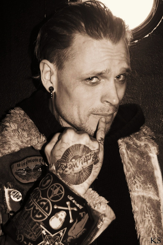 The ever charismatic Andy LePlegua of Combichrist