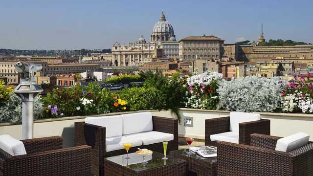 Rooftop Bar Rome Hotel Atlante Star Les Etoiles Rooftop Cocktail Bar In Rome Atlanta Hotels Rooftop Bar Best Rooftop Bars