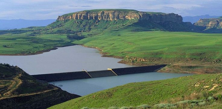 Sterkfontein Nature Reserve boasts a gorgeous dam,maintaining its lush and scenic beauty. For Geo-Liners to create dams or reservoirs, contact Poly Roads: http://polyroads.com/