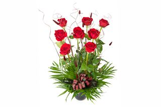 Red roses corporate display by Atelier Floristic Aleksandra