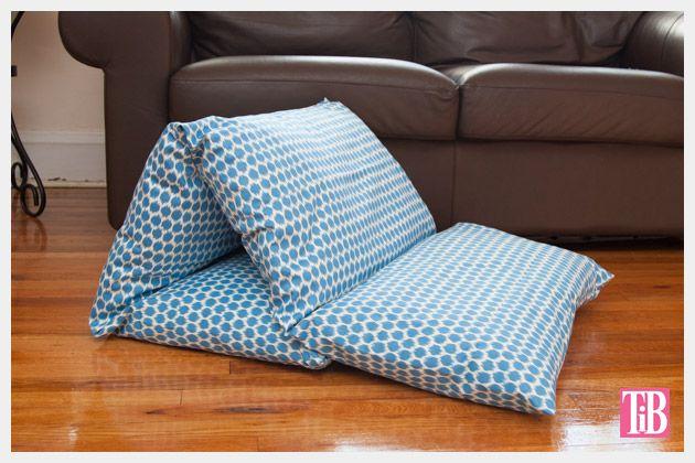 DIY 5 housses d'oreiller cousues ensemble pour créer un chouette matelas pour enfant