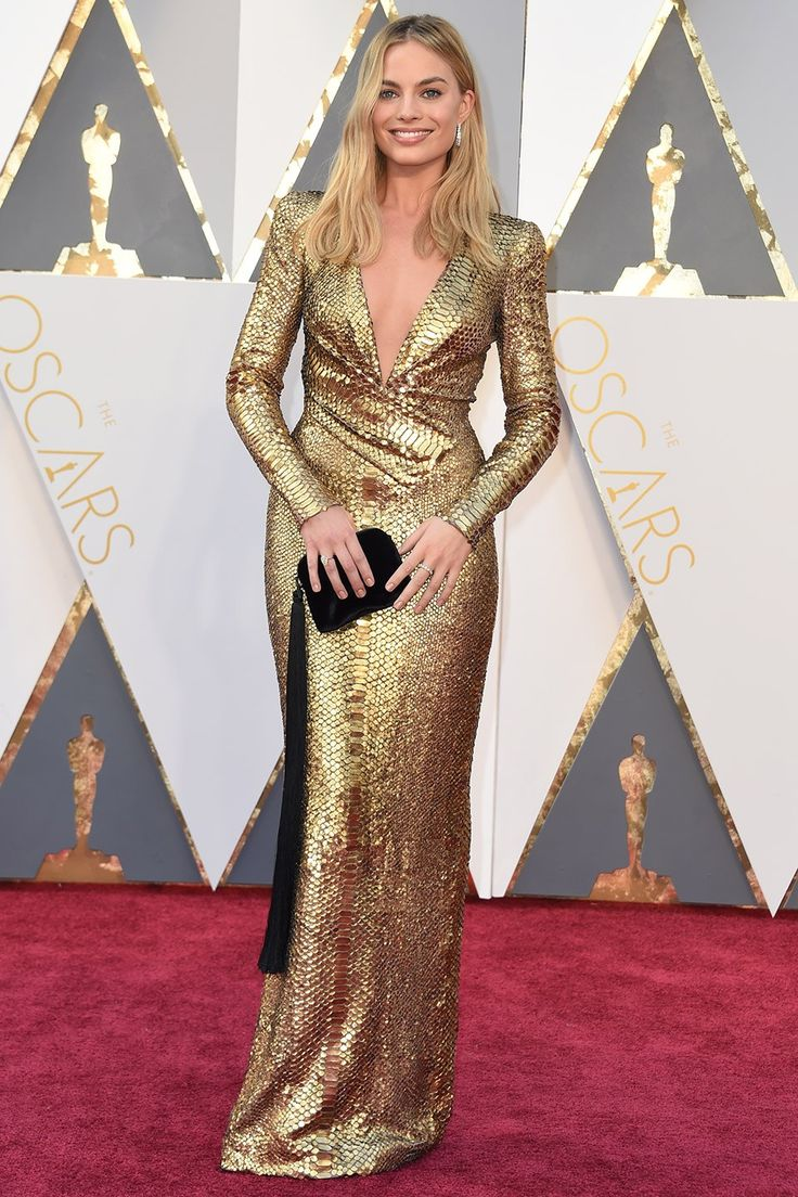 Margot Robbie | Full Oscar 2016 Red-Carpet Roundup