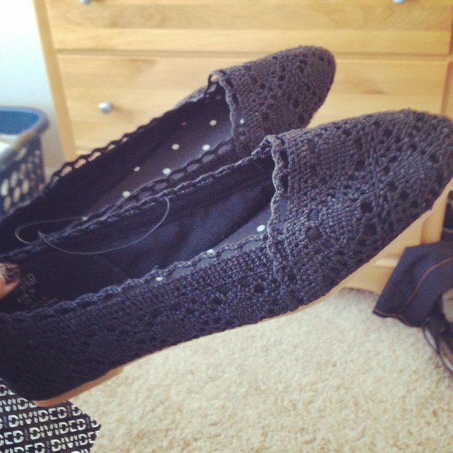 just bought these at H&M for $15!: H M, Can T Wait, Black And White, Footwear, H&M, Abstract Grace, Case, Bought