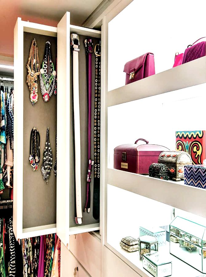 Gorgeous Jewelry Display! Great idea for storing jewelry in your walk-in closet.