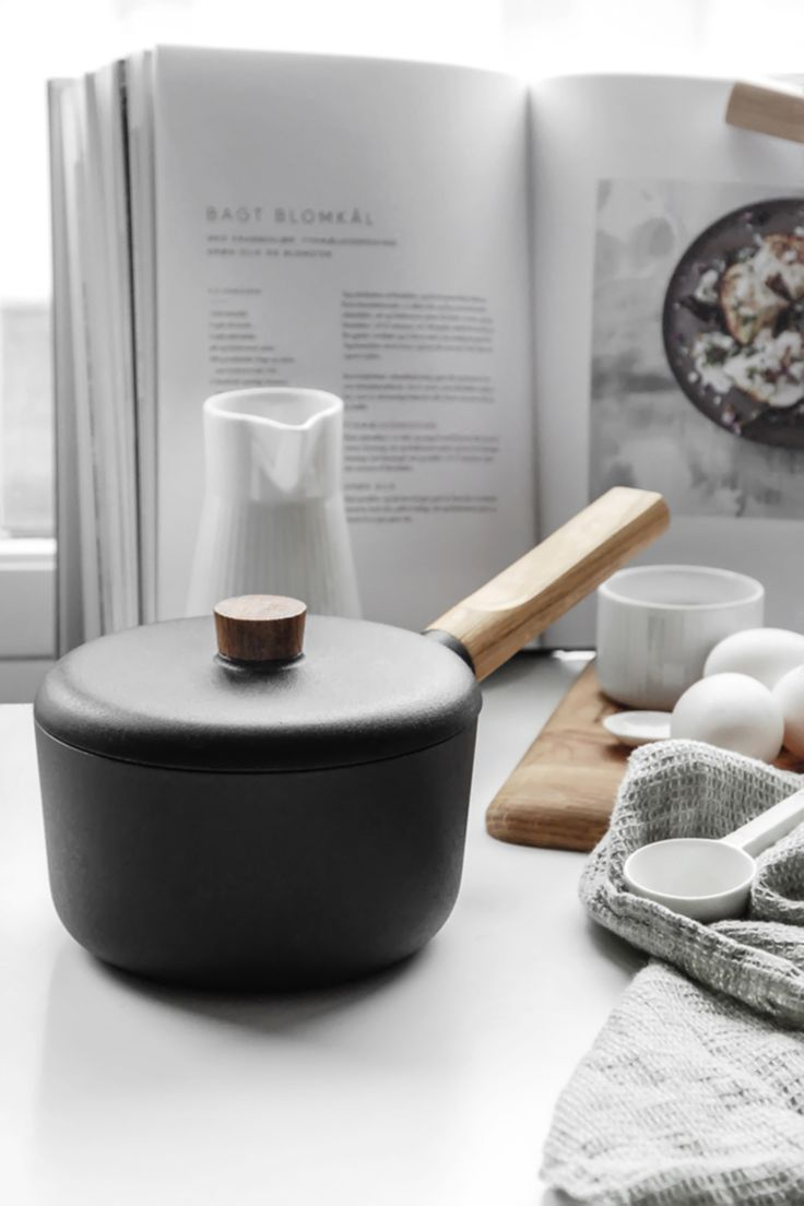 Nordic Kitchen Saucepan by Eva Solo | From AmbienteDirect - Germany's leading online retailer for all lovers of classic and modern Interior Design. | ambientedirect.com @ambientedirect
