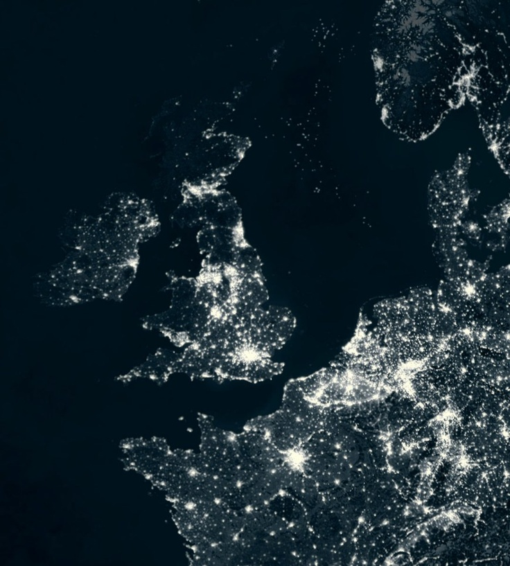 A satellite image of Britain and Europe at night-amazing