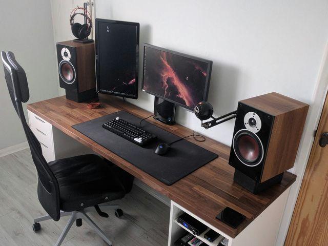 PC_Desk_MultiDisplay95_09.jpg
