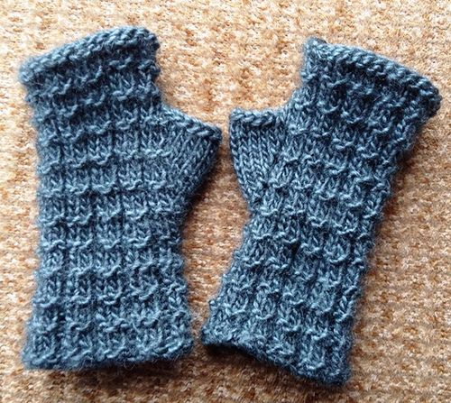 Boxified Mitts by eclecticitee designs, on Ravelry
