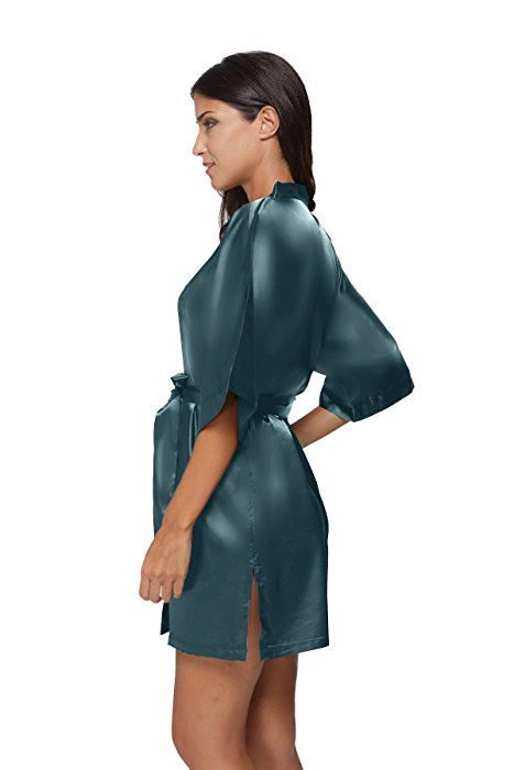 The Bund Women s Pure Colour Short Kimono Robes with Oblique V-Neck ... 3e304d946