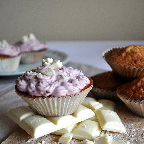 ... chocolate and pink raspberry cream cheese icing.: Cream Cheese, White