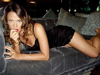 Actress Scottie Thompson is photographed for Self Assignment on November 5, 2010 in Los Angeles, California.